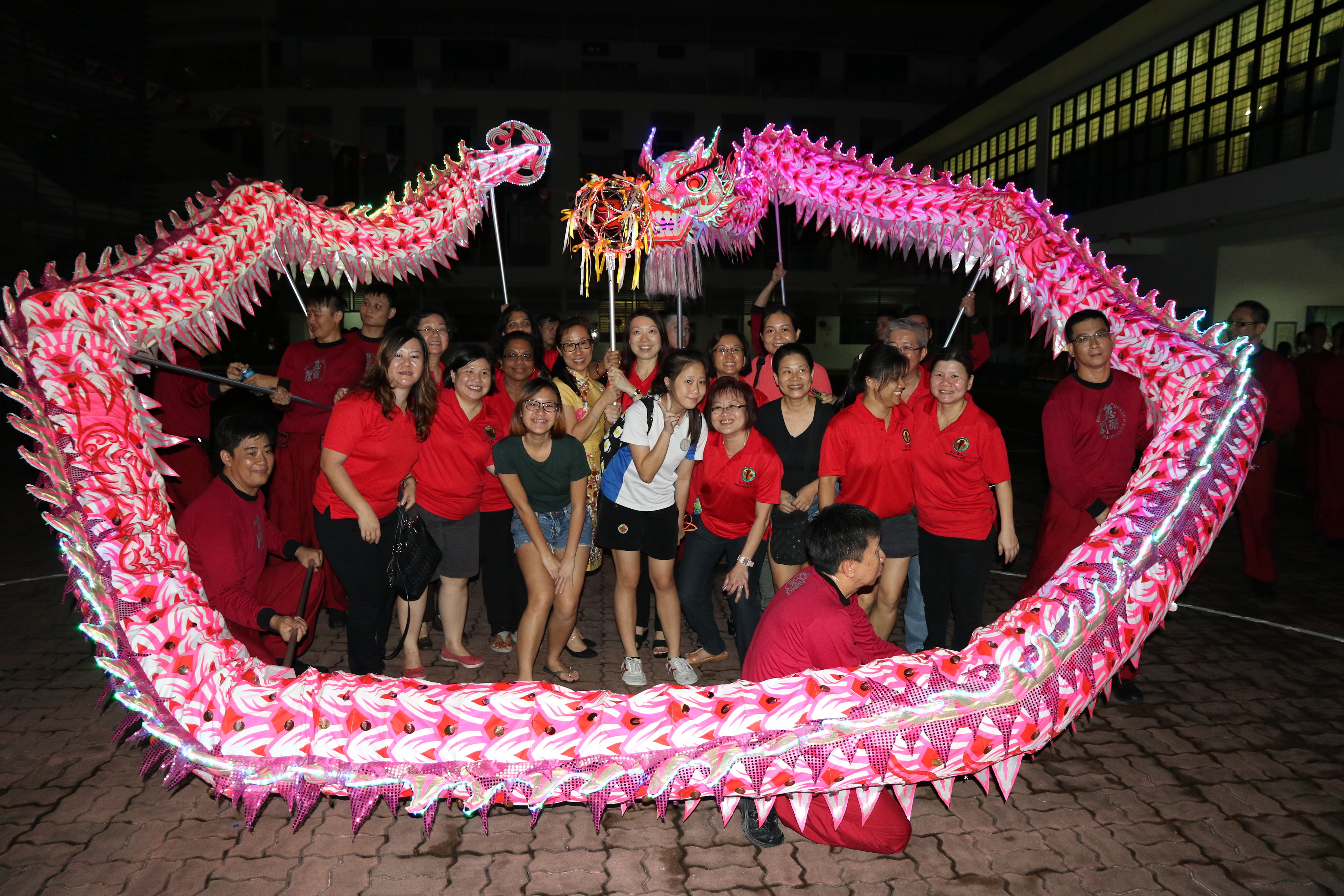 Pei Dao alumni Dragon Dance Troupe with PSG (Mid Autumn Festival Celebrations 2016).JPG